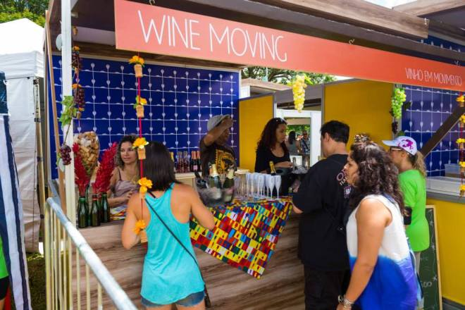 O descolado stand da Wine Moving