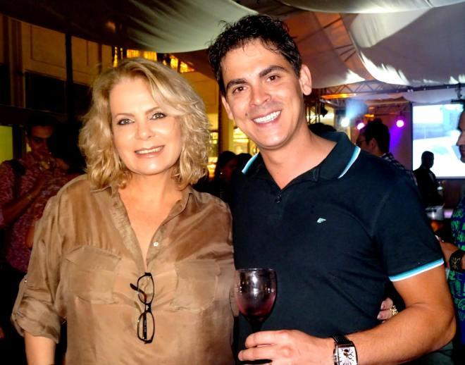 Su Maestri e Cello Menezes, proprietário da Vintage Vinhos do Terraço Shopping
