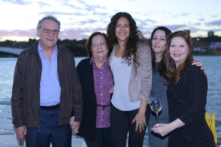Francisco, Carmélia, Gigliola, Graziela e Giuliana Ansiliero.JPG