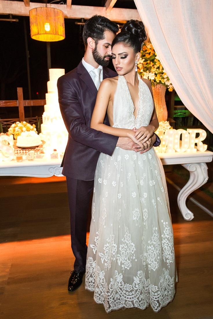 Modelos Hugo Magalhães e Julia Zavitoski.jpg