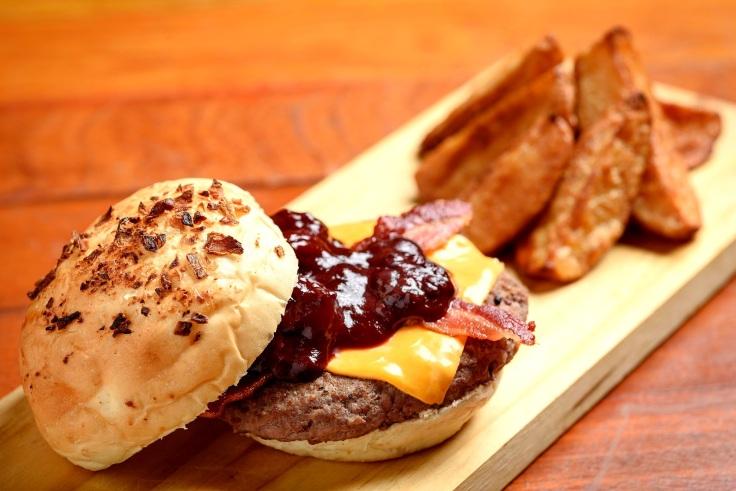 Burger Belini Pães..jpg