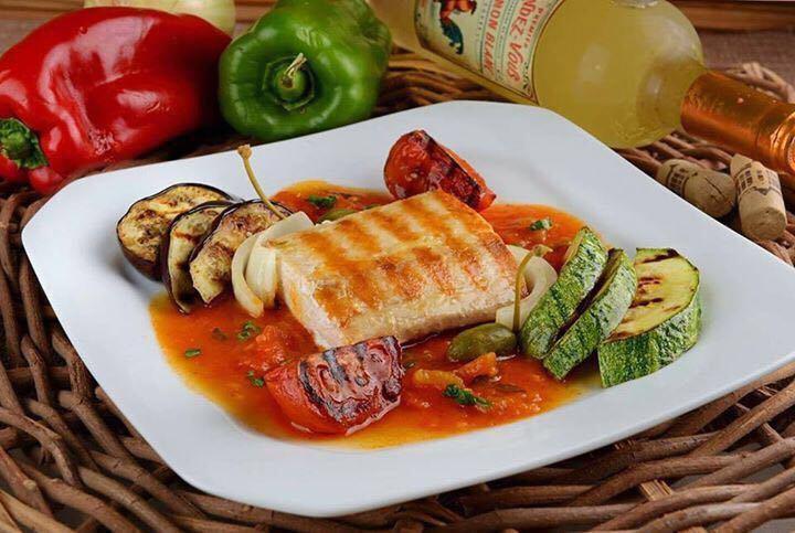 Prato Bacalhau com legumes grelhados.jpg