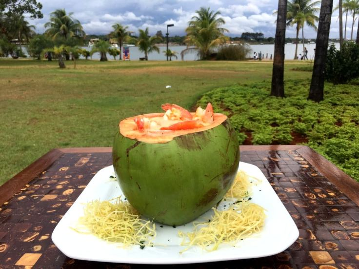 Prato Camarão no Coco Verde_.jpg