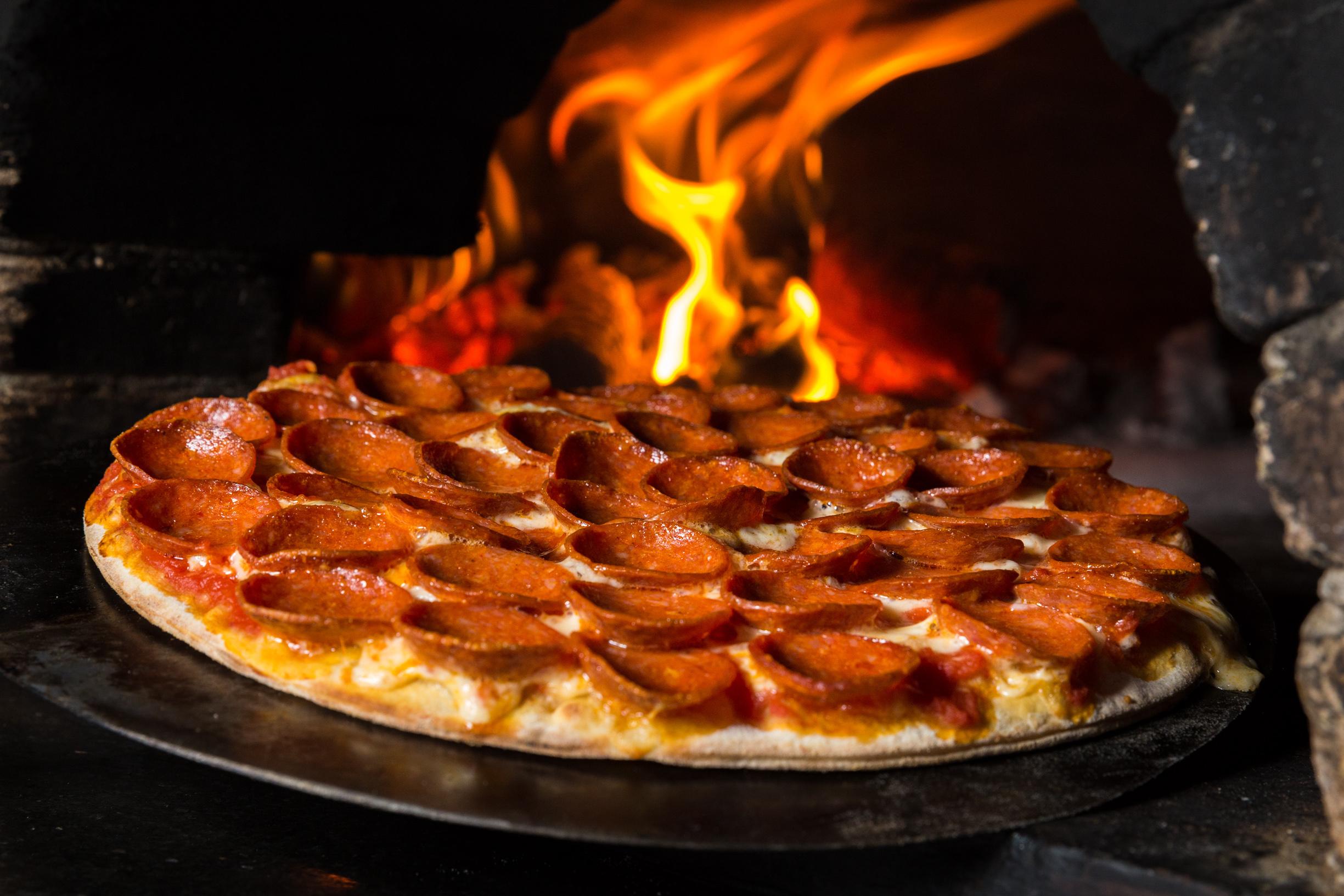 Pizza de pepperoni_Dolce Far Niente_Foto de Rener Oliveira (1).jpg
